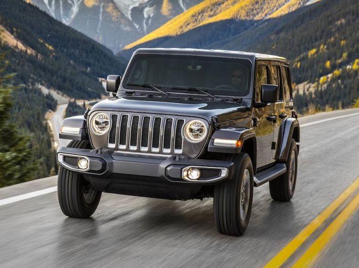 Nuovo Jeep Wrangler 2018, l'icona offroad cambia pelle - Foto 12 di 65