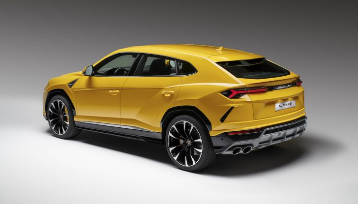 Lamborghini Urus Performante arriva nel 2021 - Foto 15 di 27