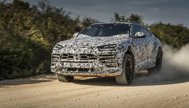 Lamborghini Urus, il SUV da 650CV per abbattere i confini della guida - Foto 27 di 27