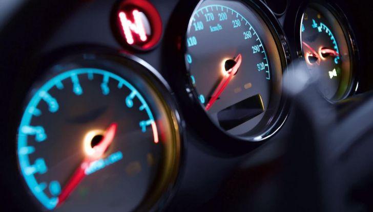 Limitatore di velocità per auto: cos'è, a cosa serve e perché acquistarlo - Foto 1 di 9