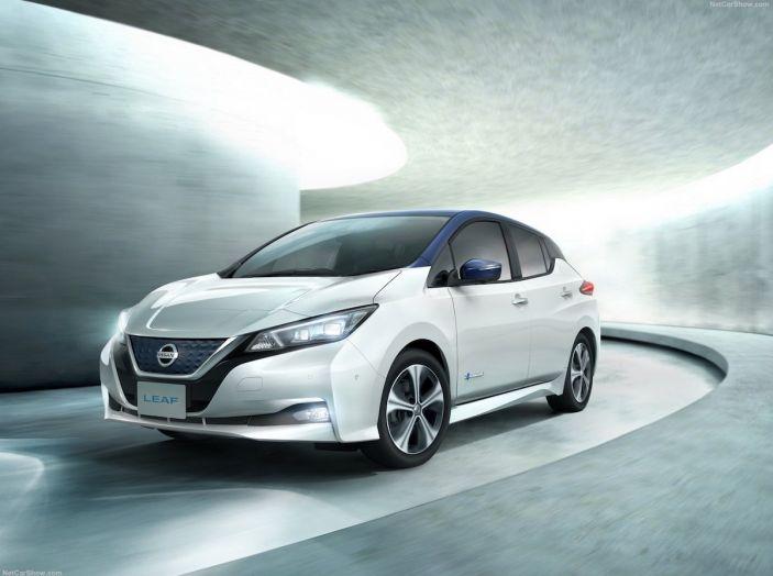 Nissan punta a 1 milione di auto elettriche entro il 2022 - Foto 4 di 12
