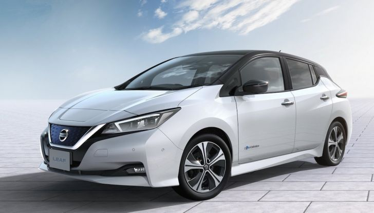 Nissan punta a 1 milione di auto elettriche entro il 2022 - Foto 5 di 12