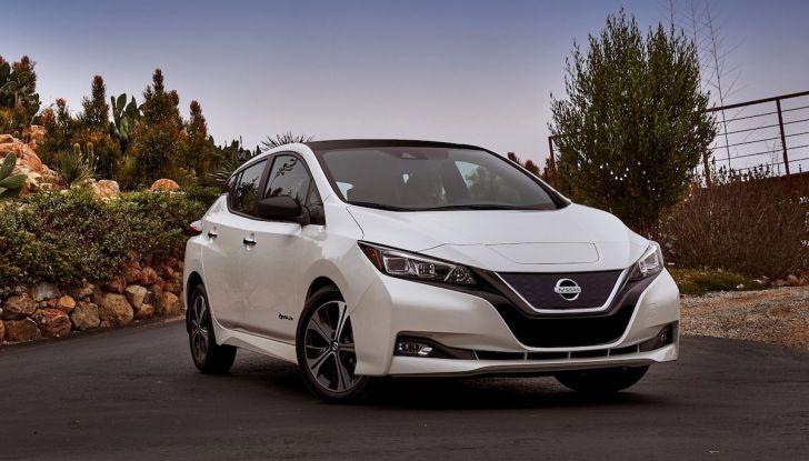 Nissan punta a 1 milione di auto elettriche entro il 2022 - Foto 7 di 12