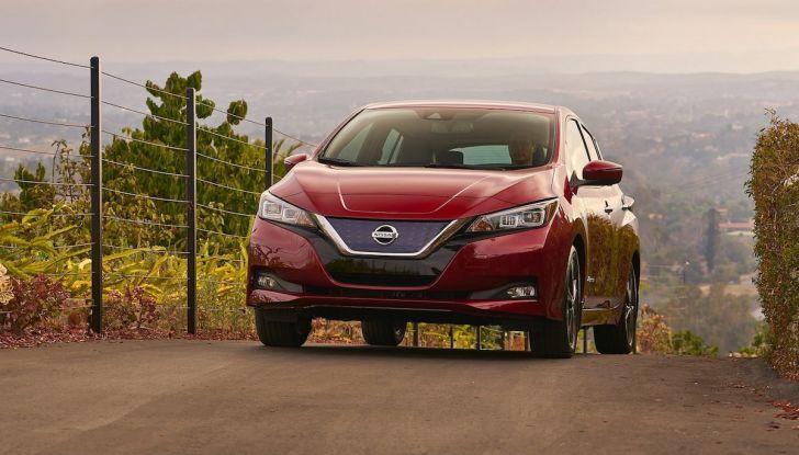Nissan punta a 1 milione di auto elettriche entro il 2022 - Foto 10 di 12