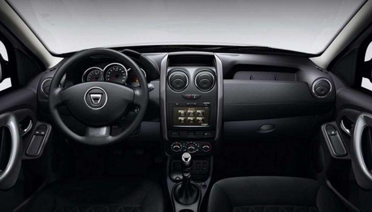 Nuova Dacia Duster prezzi, accessori e allestimenti del SUV cittadino - Foto 10 di 15