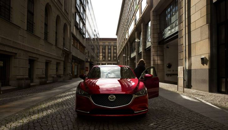 Nuova Mazda 6 2018, ancora più premium - Foto 11 di 14