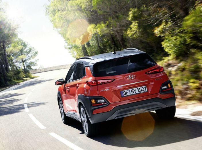 Prova su strada Hyundai Kona: il Crossover 4×4 tra prestazioni e avanguardia - Foto 3 di 19