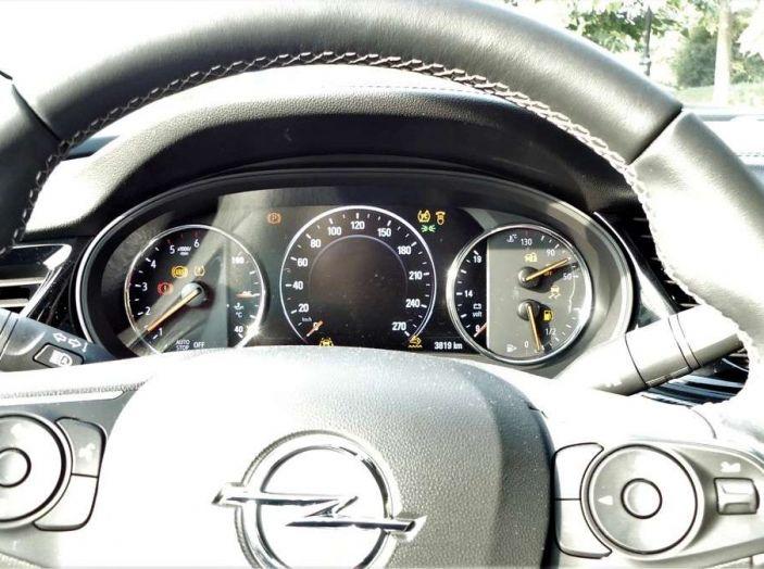 Opel Insignia Grand Sport Innovation 2.0 CDTI 170cv S&S prova su strada - Foto 18 di 34