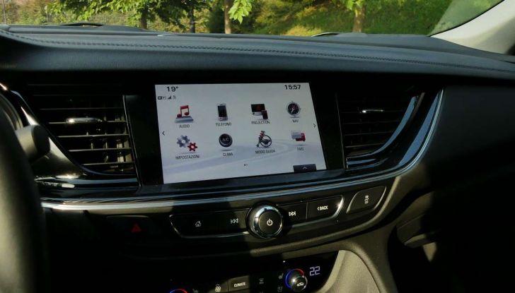 Opel Insignia Grand Sport Innovation 2.0 CDTI 170cv S&S prova su strada - Foto 19 di 34