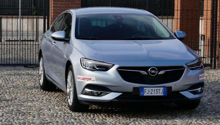 Opel Insignia Grand Sport Innovation 2.0 CDTI 170cv S&S prova su strada - Foto 22 di 34