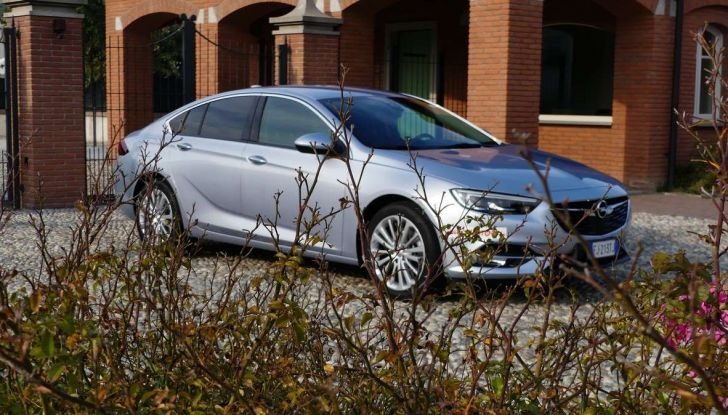 Opel Insignia Grand Sport Innovation 2.0 CDTI 170cv S&S prova su strada - Foto 11 di 34