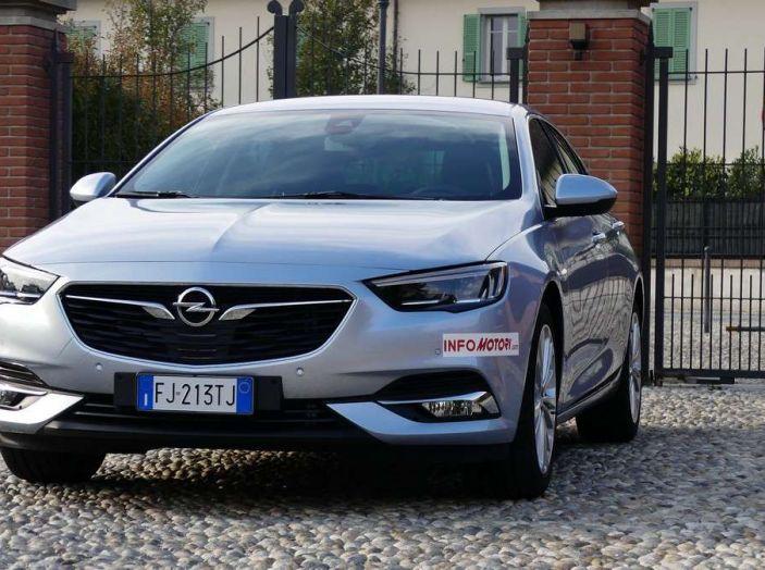 Opel Insignia Grand Sport Innovation 2.0 CDTI 170cv S&S prova su strada - Foto 30 di 34