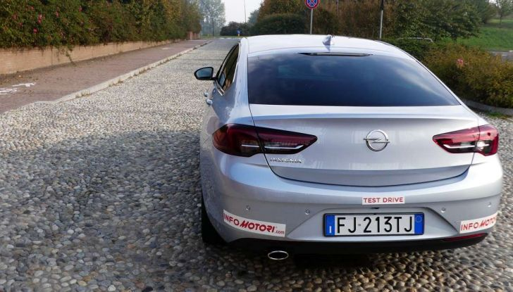 Opel Insignia Grand Sport Innovation 2.0 CDTI 170cv S&S prova su strada - Foto 31 di 34