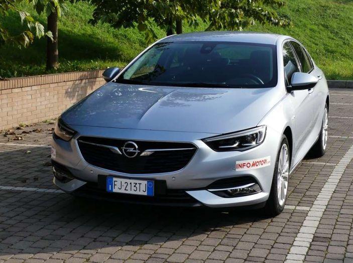 Opel Insignia Grand Sport Innovation 2.0 CDTI 170cv S&S prova su strada - Foto 9 di 34