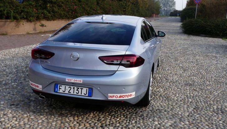 Opel Insignia Grand Sport Innovation 2.0 CDTI 170cv S&S prova su strada - Foto 32 di 34