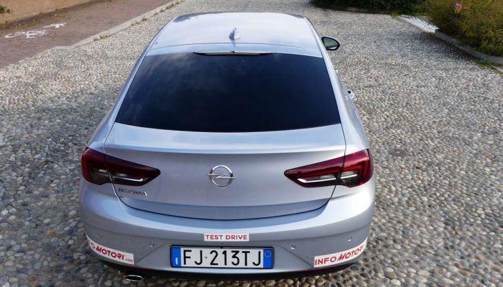 Opel Insignia Grand Sport Innovation 2.0 CDTI 170cv S&S prova su strada - Foto 33 di 34