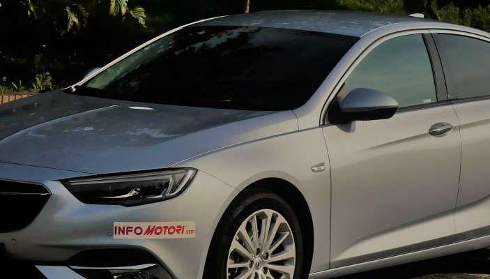 Opel Insignia Grand Sport Innovation 2.0 CDTI 170cv S&S prova su strada - Foto 34 di 34