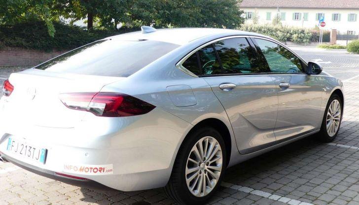 Opel Insignia Grand Sport Innovation 2.0 CDTI 170cv S&S prova su strada - Foto 12 di 34