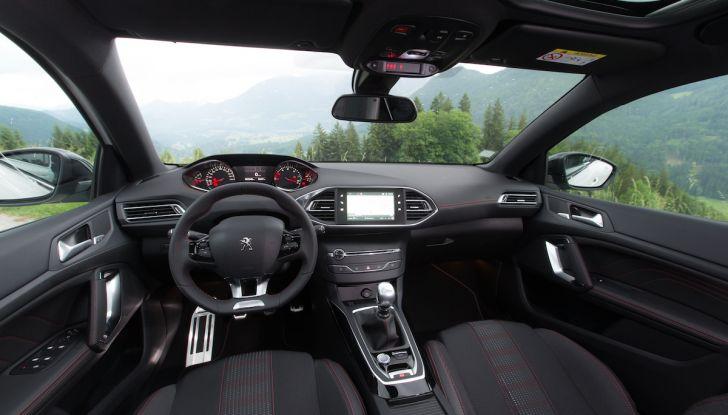 Peugeot Serie 3 2017, le soluzioni tecniche che hanno cambiato il gioco - Foto 2 di 20