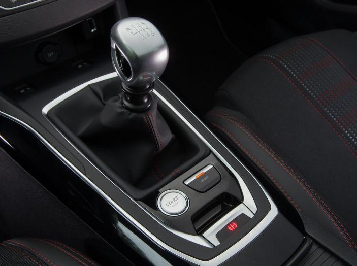Peugeot Serie 3 2017, le soluzioni tecniche che hanno cambiato il gioco - Foto 19 di 20
