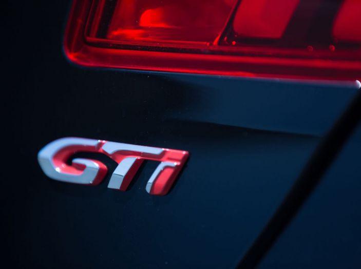 La nuova Peugeot 308 GTi by PS con Peugeot & Friends - Foto 11 di 26