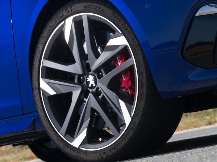 La nuova Peugeot 308 GTi by PS con Peugeot & Friends - Foto 12 di 26
