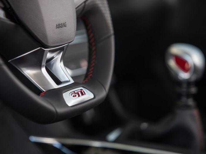 La nuova Peugeot 308 GTi by PS con Peugeot & Friends - Foto 2 di 26