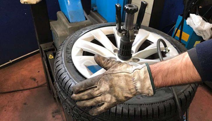 Pneumatici invernali anche sulle auto elettriche: Michelin Alpin è il top - Foto 17 di 28
