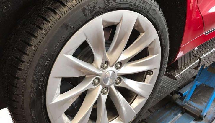 Pneumatici invernali anche sulle auto elettriche: Michelin Alpin è il top - Foto 28 di 28