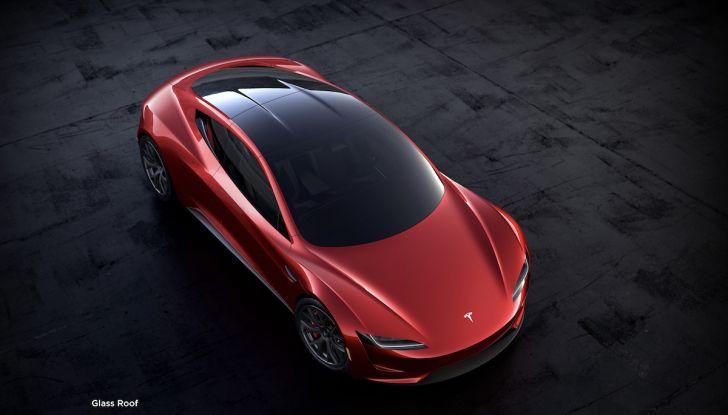 La nuova Tesla Roadster è l'auto più veloce del mondo, lo dicono i tester - Foto 2 di 16