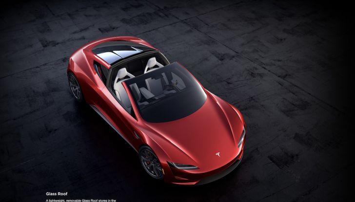 La nuova Tesla Roadster è l'auto più veloce del mondo, lo dicono i tester - Foto 7 di 16