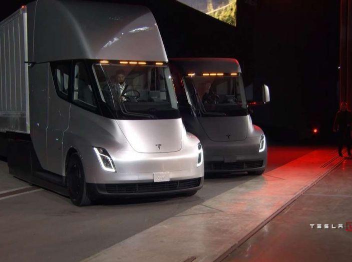Il nuovo Truck Semi di casa Tesla scelto da Pepsi - Foto 7 di 18