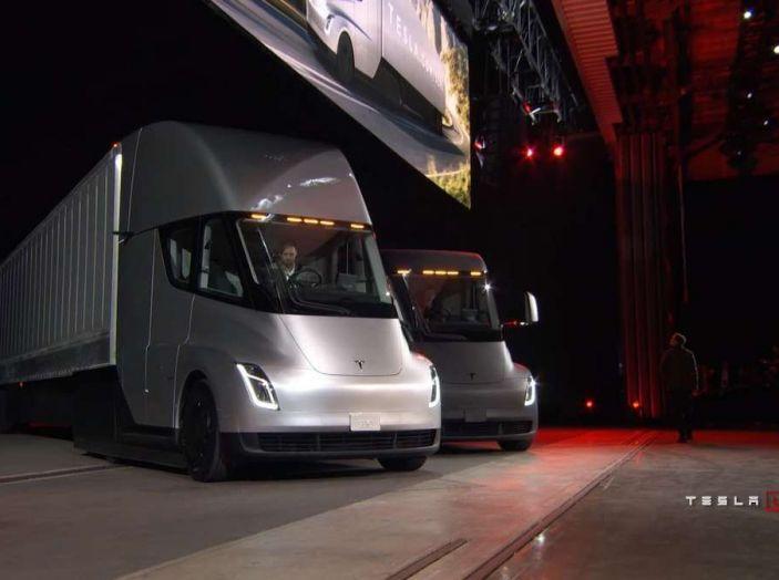 Il nuovo Truck Semi di casa Tesla scelto da Pepsi - Foto 1 di 18