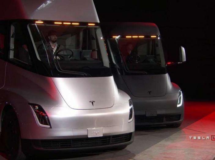 Il nuovo Truck Semi di casa Tesla scelto da Pepsi - Foto 14 di 18