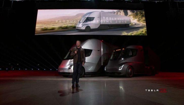 Il nuovo Truck Semi di casa Tesla scelto da Pepsi - Foto 15 di 18