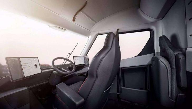 Il nuovo Truck Semi di casa Tesla scelto da Pepsi - Foto 17 di 18