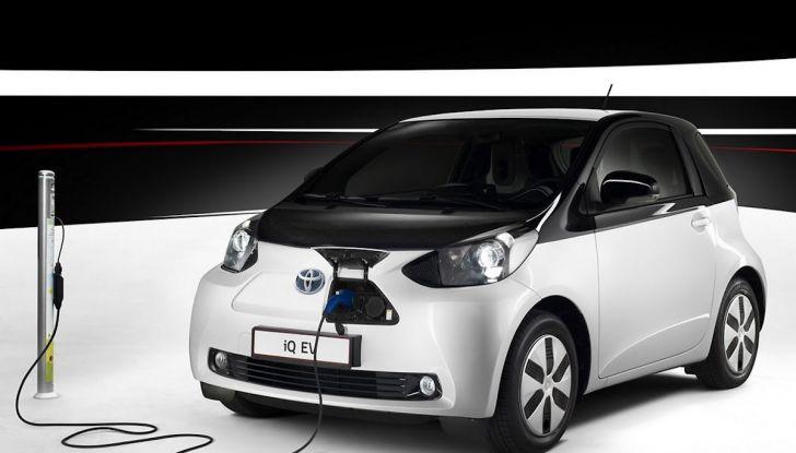 Toyota: motori a combustione come Diesel e benzina moriranno entro il 2050 - Foto 7 di 9