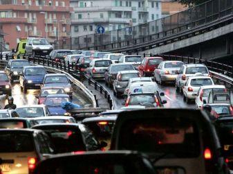 Sicurezza in auto a Roma: è emergenza