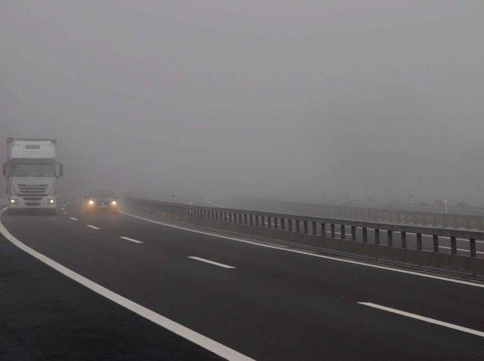 Visibilità ridotta causa nebbia, arriva il laser che illumina le strade - Foto 5 di 7