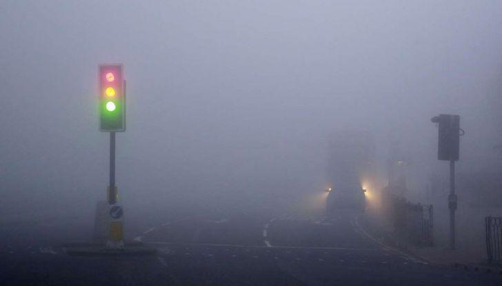 Visibilità ridotta causa nebbia, arriva il laser che illumina le strade - Foto 4 di 7
