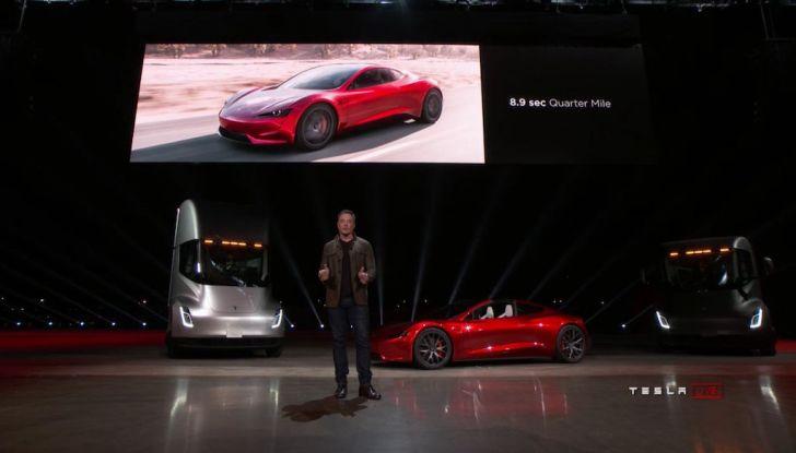 La nuova Tesla Roadster è l'auto più veloce del mondo, lo dicono i tester - Foto 14 di 16