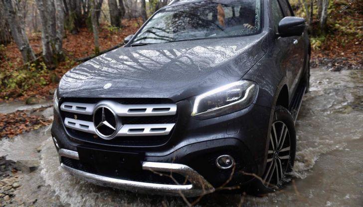 Mercedes-Benz Classe X: il primo pick-up Premium è firmato dalla Stella - Foto 14 di 17