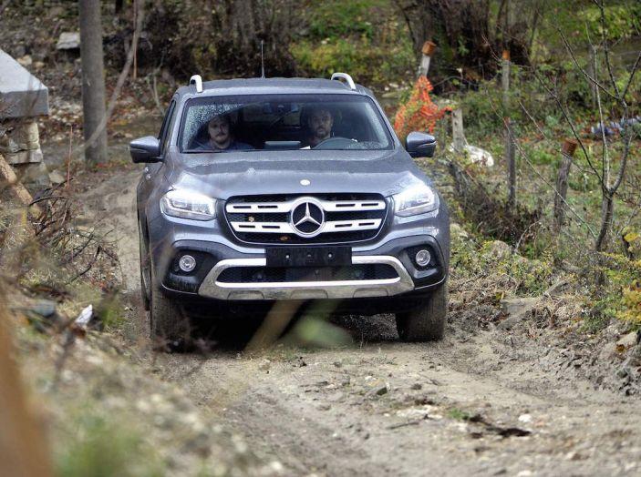 Mercedes-Benz Classe X: il primo pick-up Premium è firmato dalla Stella - Foto 1 di 17