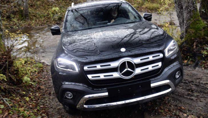 Mercedes-Benz Classe X: il primo pick-up Premium è firmato dalla Stella - Foto 7 di 17