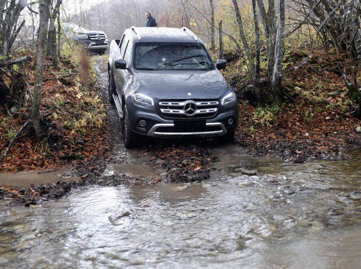 Mercedes-Benz Classe X: il primo pick-up Premium è firmato dalla Stella - Foto 13 di 17
