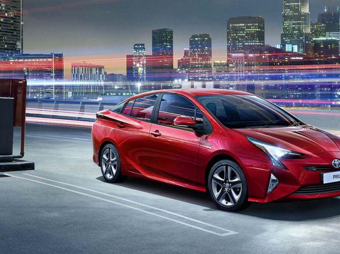 Toyota: motori a combustione come Diesel e benzina moriranno entro il 2050 - Foto 2 di 9