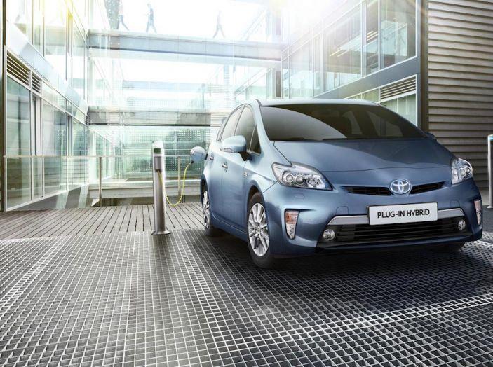 Toyota: motori a combustione come Diesel e benzina moriranno entro il 2050 - Foto 4 di 9