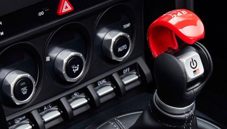 Toyota: obiettivo zero morti per incidenti stradali - Foto 8 di 9