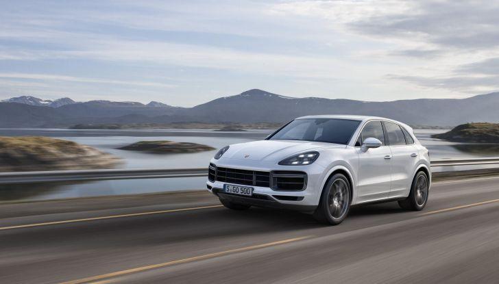 I 10 SUV premium più sportivi e veloci al mondo - Foto 2 di 10