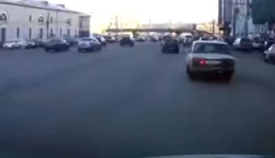 Un parcheggio degno dei migliori stuntman in video